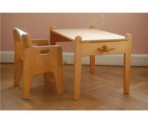 Peters bord og stol